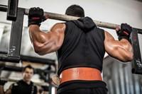 Harbinger Pro WristWrap Fitnesshandschoenen Lifestyle 3