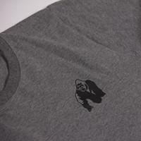 90526800-bodega-t-shirt-gray-Close-up3