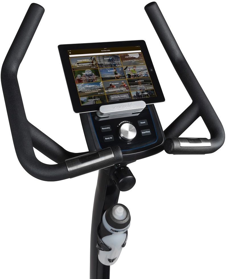 6448537935e Flow Fitness Perform B3i computer with tablet 3 - Kinomap overview