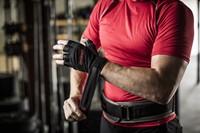 Harbinger Pro WristWrap Fitnesshandschoenen Lifestyle 6