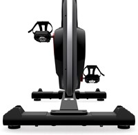Life Fitness ICG IC4 spinbike achterkant trappers