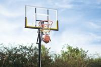 SKLZ Kick Out Basketbal Retoursysteem 1