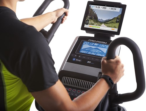 Proform HIIT trainer display met tablet